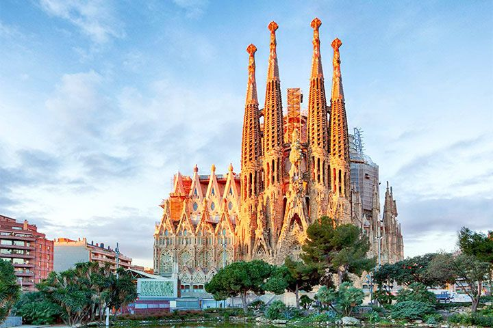 Best destinations for events in Spain